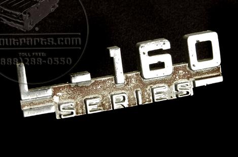 L 160 Fender Emblem
