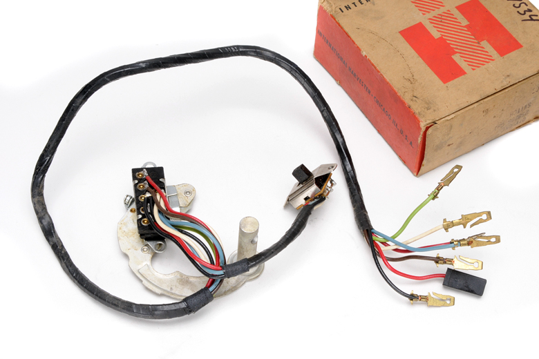 Turn Signal assembly & hazard lights switch for larger trucks 1600,  1700, 1800, series.