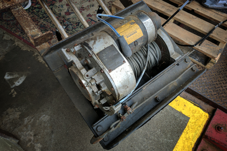 Warn Bellview Electric Winch -  Used, Practically Historic