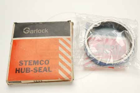Garlock hub seal