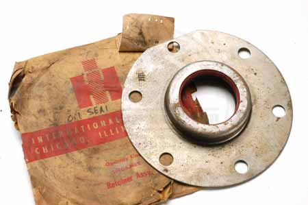 oil seal retainer assembly - NEW OLD STOCK