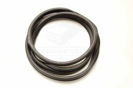 Window retainer seal rear quarter  Glass Seal